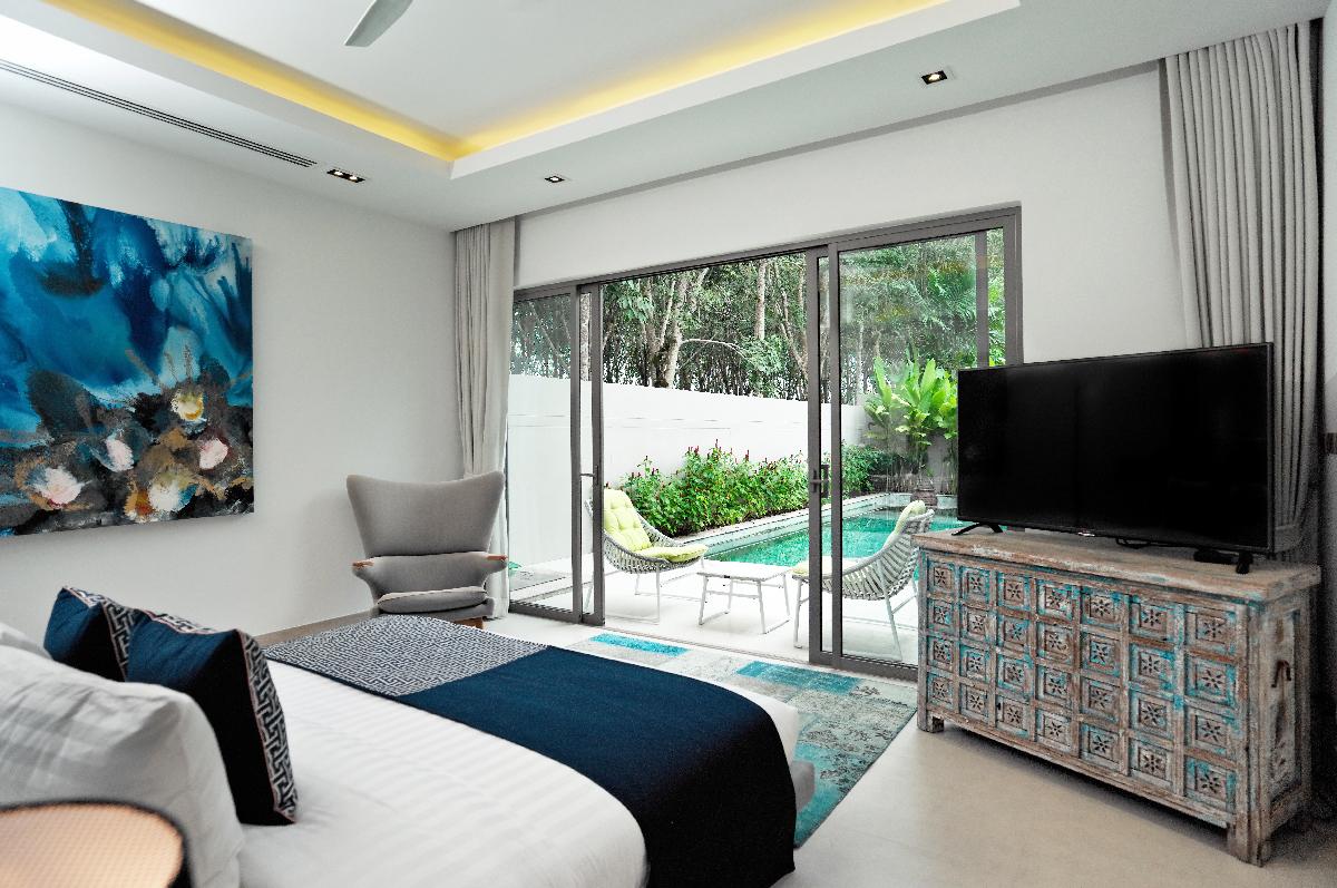 Mandarin-Villa_Master bedroom_Pool